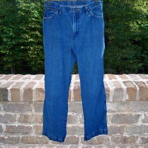 """Levi's Denim Jeans - Size 32"""" Waist - Inseam 29.5"""""""